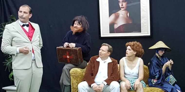 MAZ: Schrille Comedy im Wohnstift